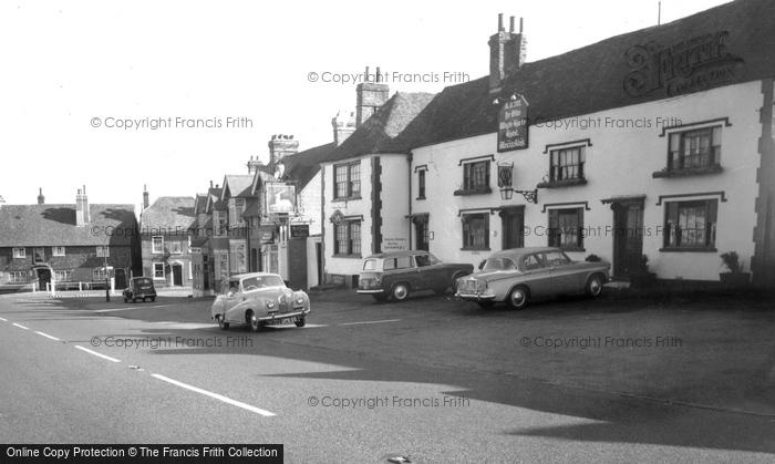 Bletchingley, Ye Olde Whyte Harte Hotel c.1965