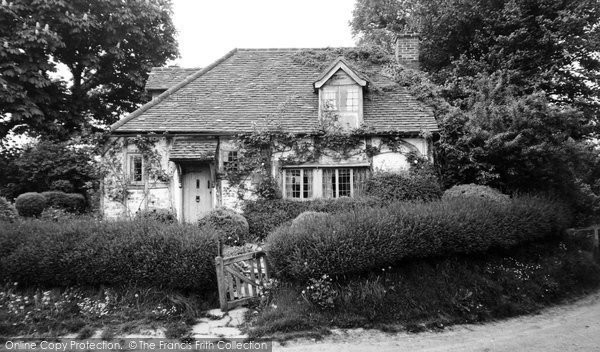 Blewbury, Green Bushes c.1955