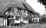 Blewbury, Hall Barn Close c.1960