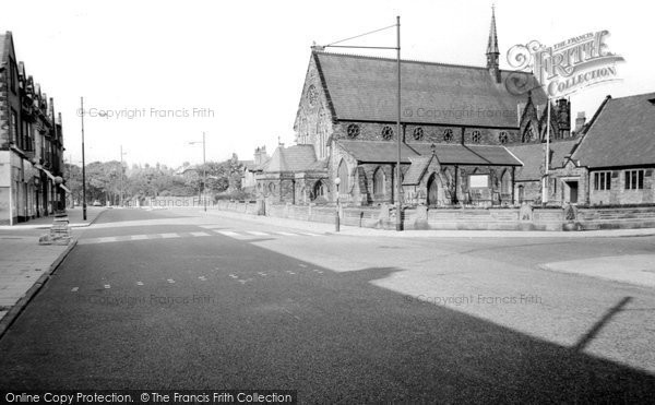 Blundellsands, Bridge Road And St Nicholas's Church c.1960