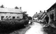 Blunsdon, Cottages 1906
