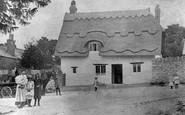 Blunsdon, Home Farm Cottage 1916