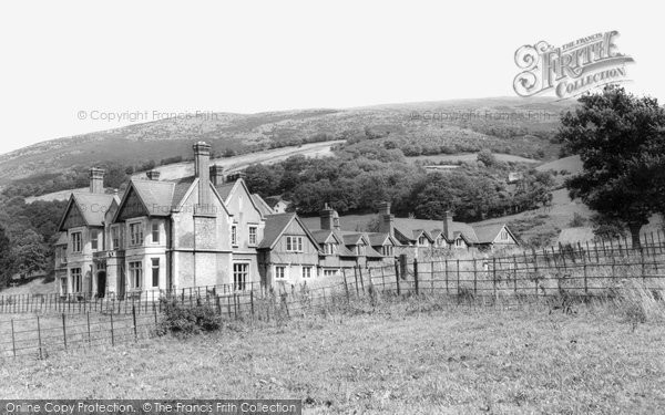 Photo of Bodfari, Grove Hall Hotel c1960