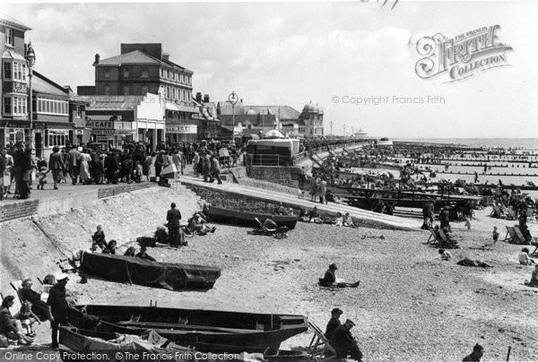 Bognor Regis, Beach c.1955