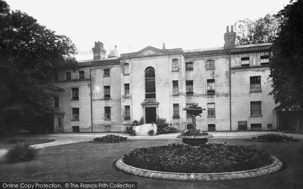 Bognor Regis, Merchant Taylors Home 1898
