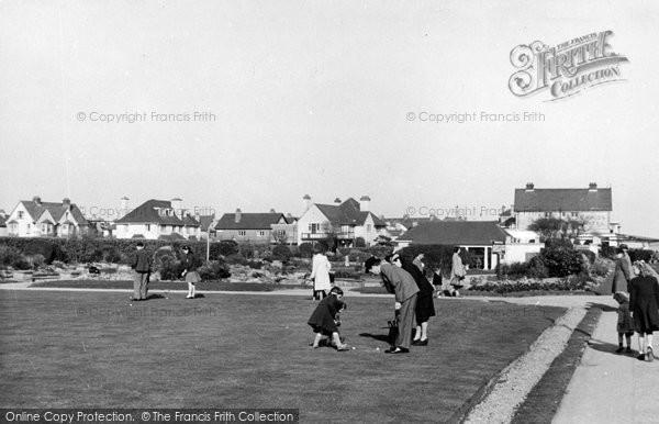 Bognor Regis, Putting Green, Marine Gardens c.1955