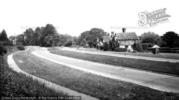 Bolney, The Brighton Road And Ye Olde Tudor House c.1960