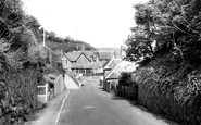 Bonchurch, The Road To The Beach c.1960