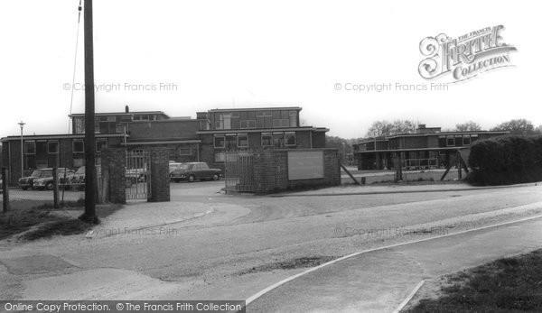 Bordon, Mill Chase County Secondary School c.1965