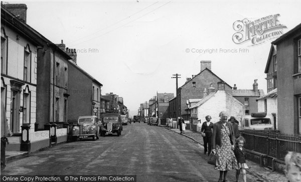 Borth, High Street c.1952