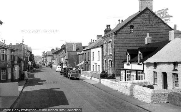 Borth, High Street c.1960