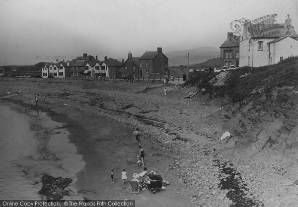 Borth, Under The Cliff c.1933