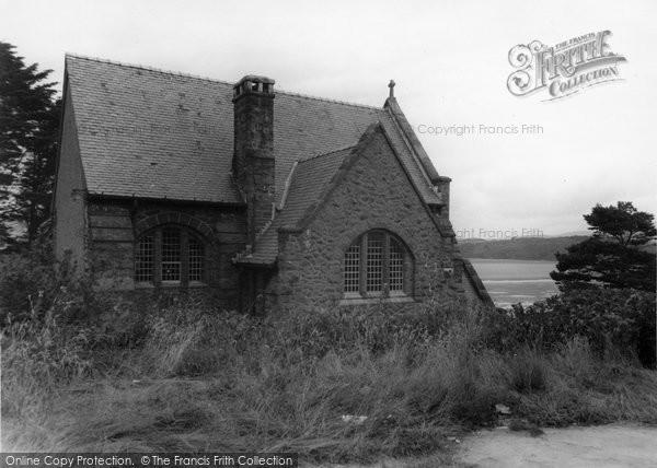 Borth Y Gest, St Cyncars Church c.1955