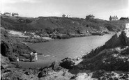Borth-Y-Gest, The Beach And Rocks c.1955
