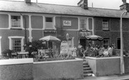 Borth-Y-Gest, The Igloo Cafe c.1955
