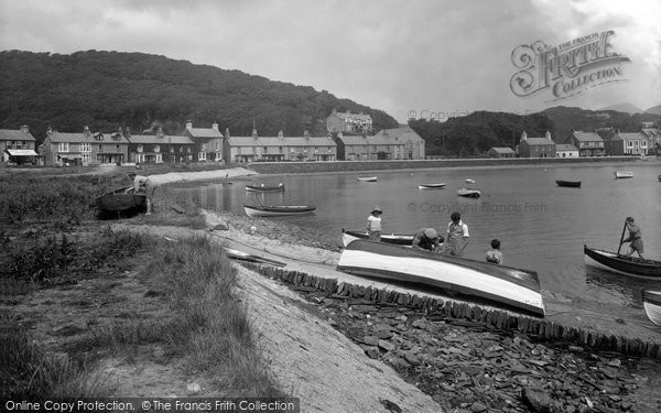 Borth Y Gest, The Slip Way 1933