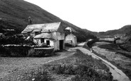 Boscastle, Harbour And Artist's Cottage 1936