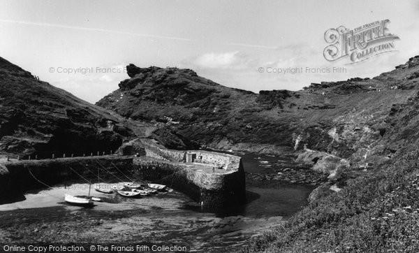 Boscastle, The Harbour c.1960