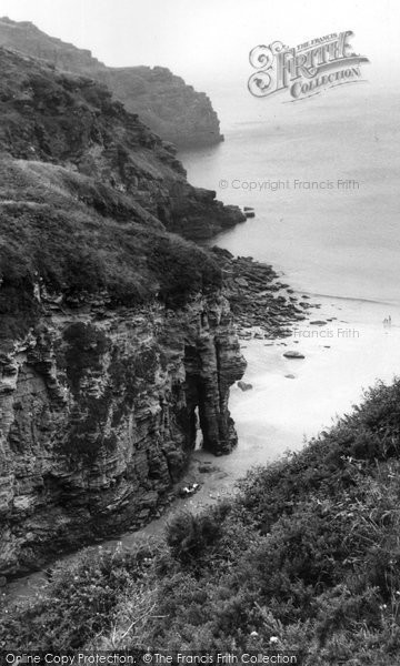Bossiney, The Cove c.1955