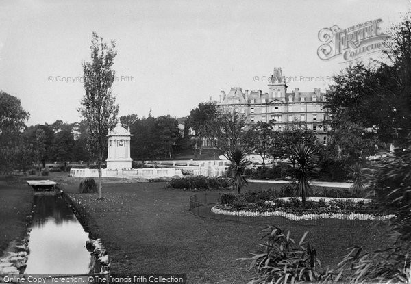 Bournemouth, War Memorial And Municipal Building 1923