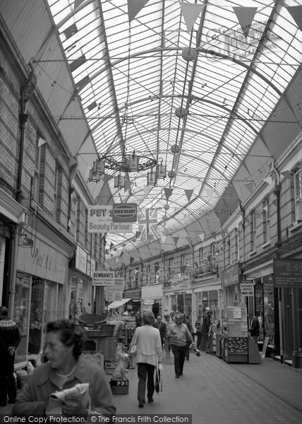 Bournemouth, Westbourne Arcade 1970
