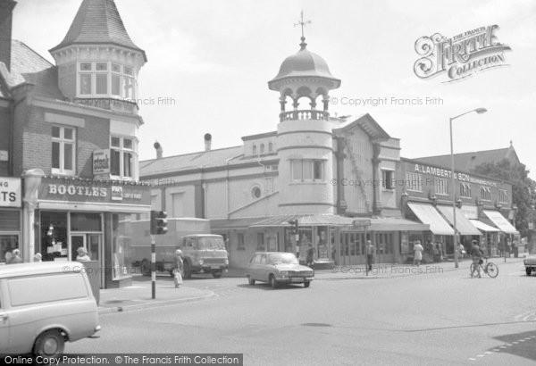 Bournemouth, Winton Banks, Wimbourne Road 1970