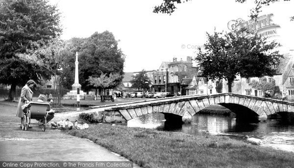 Bourton On The Water, Feeding The Ducks c.1950