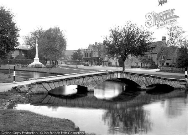 Bourton On The Water, The Footbridge 1948