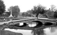 Bourton-On-The-Water, The Footbridge 1948