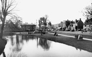 Bourton-On-The-Water, The Village c.1955
