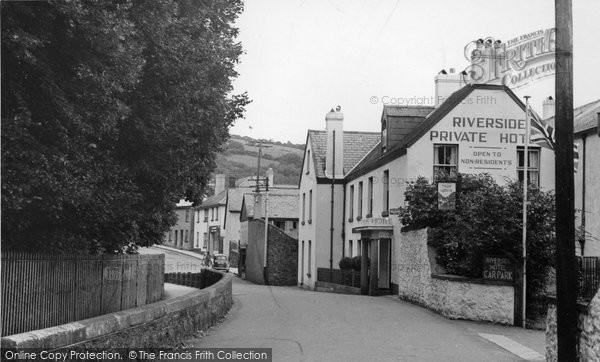 Bovey Tracey, Riverside Hotel c.1955