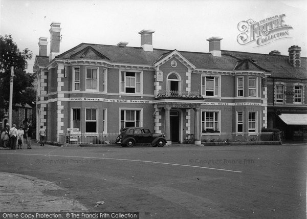Bovey Tracey, The Dolphin Hotel c.1950