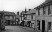 Bovey Tracey, Town Hall Place c.1950