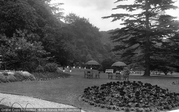 Box Hill, Burford Bridge Hotel Gardens 1931