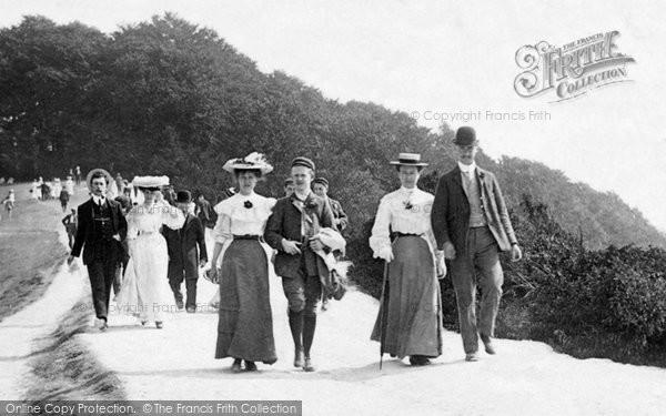 Box Hill, On Bank Holiday 1906