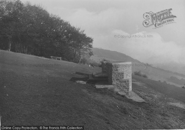 Box Hill, On Bank Holiday 1906