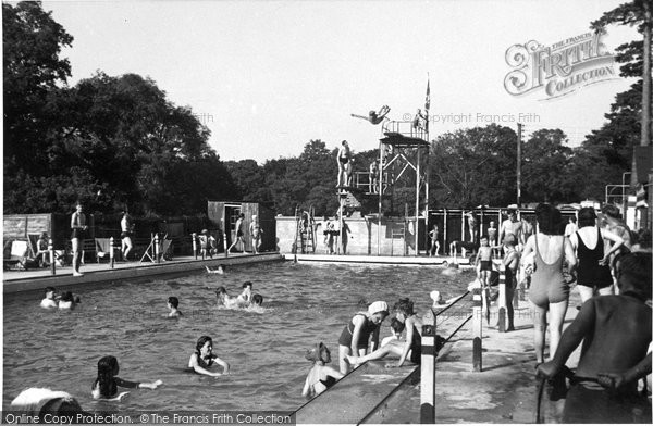 Box Hill, Upper Farm Bathing Pool c.1955