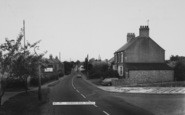 Bozeat, London Road c.1960
