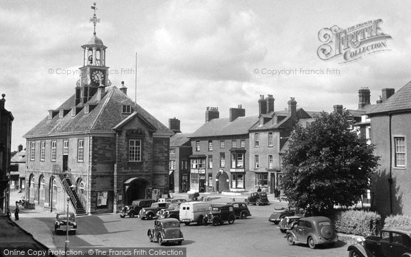 Brackley, Town Hall And Market Place c.1955
