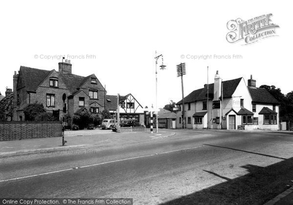 Bracknell, Old Manor Hotel c.1955