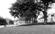 Bracknell, Priestwood Avenue c.1960