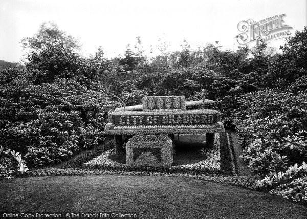 Bradford, Bowling Park Grand Piano 1923