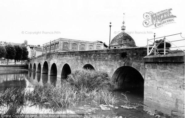 Bradford On Avon, Blind House On The Bridge c.1955