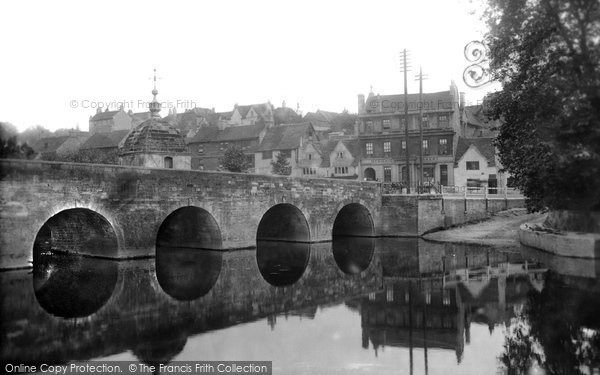 Bradford On Avon, The Bridge 1900