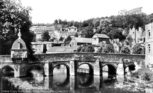Bradford On Avon, The Bridge And Blind House c.1955