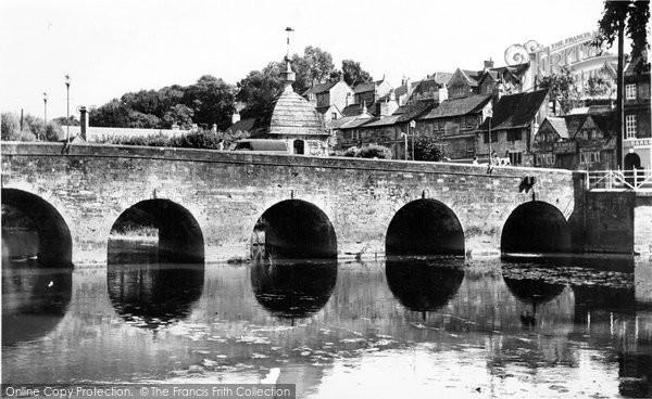 Bradford On Avon, The Bridge And Blind House c.1955
