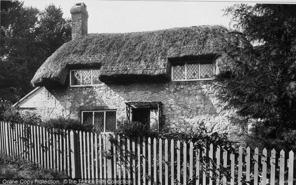 Brading, Little Jane's Cottage 1923