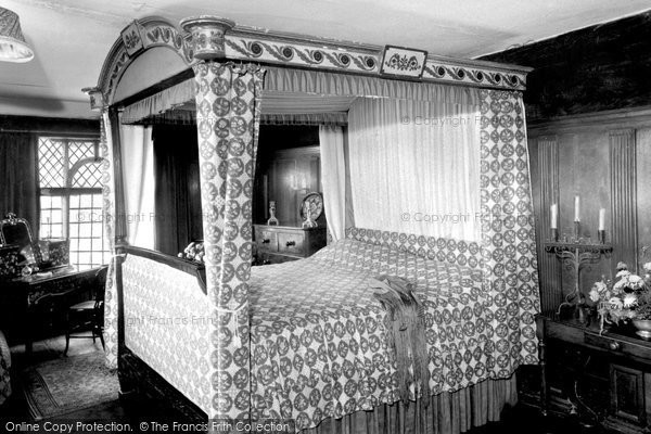 Bramber, The End Bedchamber, c.1960