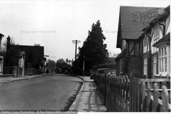 Brasted, High Street c.1955
