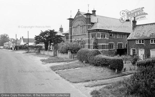 Breachwood Green, Chapel Road c.1965